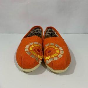 Toms Women's Shoes/ Flats Size 9